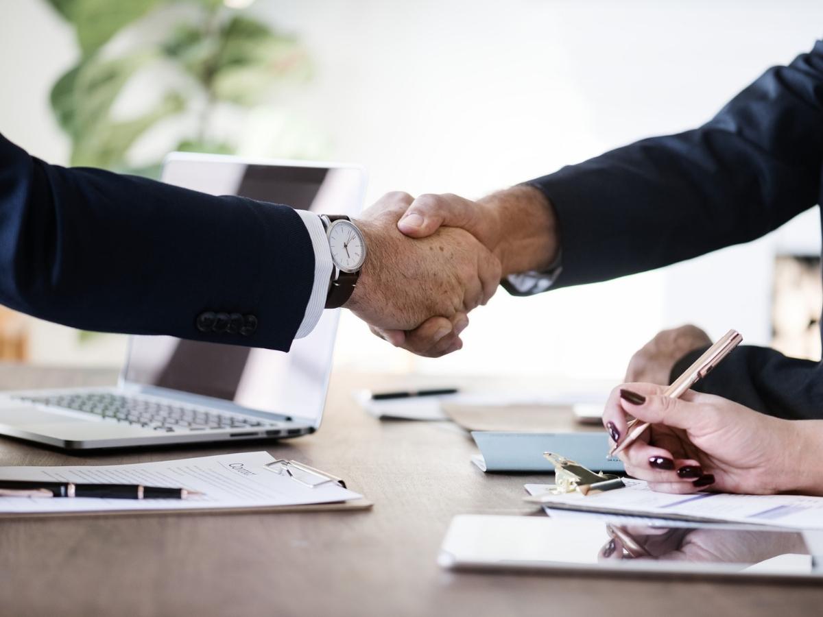 Łączenie spółek handlowych - jak połączyć przedsiębiorstwa prawo dla biznesu Warszawa