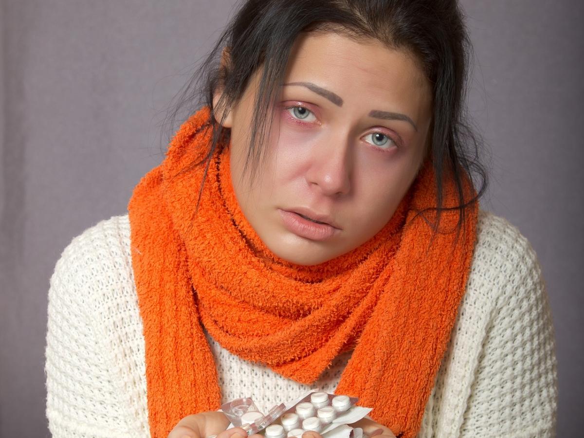 Zasiłek chorobowy na umowie zlecenie WARSZAWA porady prawne